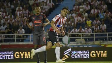 Teófilo Gutiérrez celebra el tercer gol del Junior en la victoria ante el DIM.