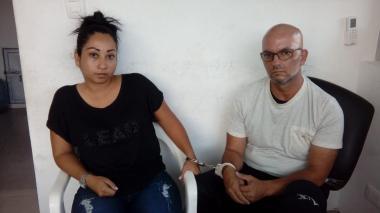 Andrea Juliana Herrera Corzo, capturada. La identidad del hombre, también capturado, no ha podido ser verificada por las autoridades porque no registra cédula de ciudadanía.