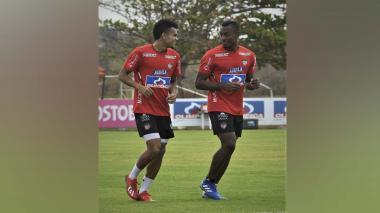 Luis Díaz y Willer Ditta en el entrenamiento de ayer.