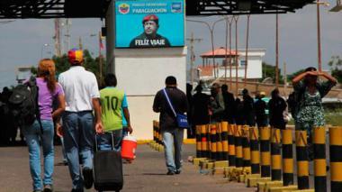 Radican proyecto que facilita la nacionalidad colombiana a venezolanos migrantes