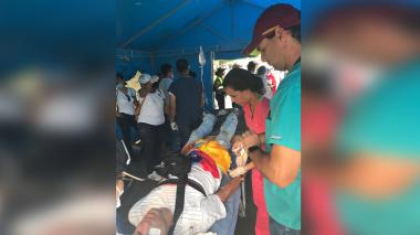 """""""Atendí unos 60 por heridas con perdigón"""": ortopedista venezolano"""