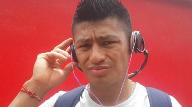 Jhonny Vásquez dice que taxista se negó a llevarlo por vestir prendas del Pereira