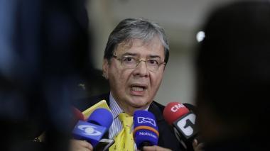 Acuerdos de paz serán implementados, pero con modificaciones: Carlos H. Trujillo