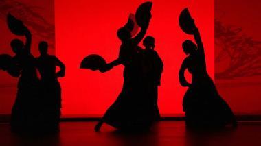 'Sombras', su  último 'show' gira en torno a la farruca, un palo del flamenco antes bailado por hombres.