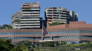 EEUU retirará a todos sus diplomáticos que permanecen en Venezuela
