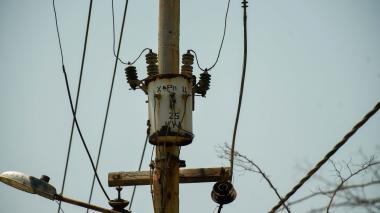 Redes eléctricas en uno de los sectores afectados en el corregimiento de Pradomar.