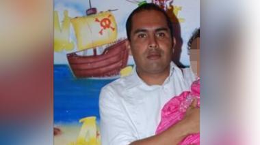 Muere rector de colegio en Córdoba tras chocar en su moto contra un árbol