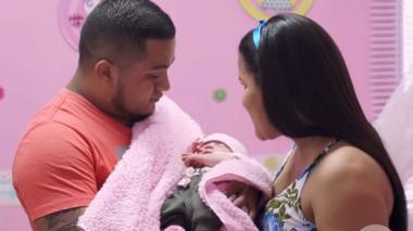 El curioso caso de una bebé que nació con un feto en su vientre