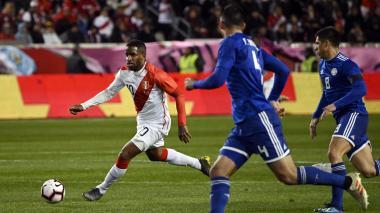 Perú vence 1-0 a Paraguay en amistoso y acaba con racha de derrotas