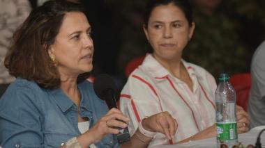 La ministra del Interior, Nancy Patricia Gutiérrez y la directora de Planeación Nacional, Gloria Orozco.