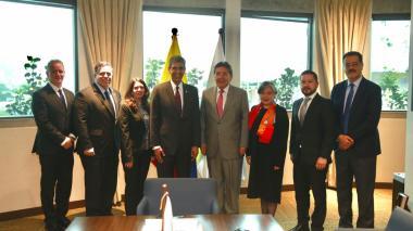 DEA y Fiscalía ratifican acuerdo antidrogas y contra la corrupción