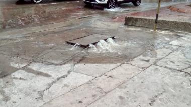 En Villa Santos advierten sobre desbordamientos en alcantarillas