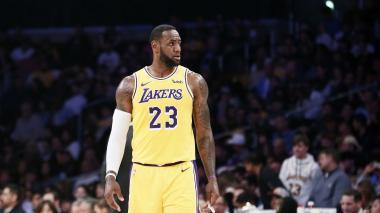 LeBron James no volverá a jugar esta temporada: Lakers
