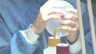 En video   Francia prohíbe modelos de implantes mamarios por riesgo de cáncer