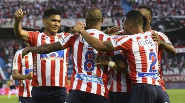 El Junior de Suárez supera al de Comesaña por un punto