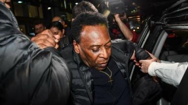Pelé deberá someterse a remoción de cálculo en vías urinarias