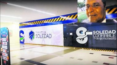 Álvaro Enrique Fontalvo Castro trabaja en el área de accidentalidad en las oficinas del tránsito de Soledad.