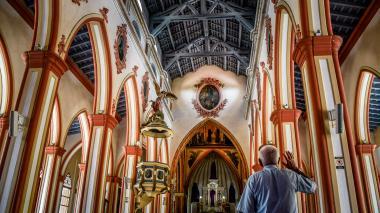 Cierre de Semana Santa, entre misas y procesiones