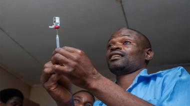 Malaui, escenario de primera prueba a gran escala de vacuna contra malaria