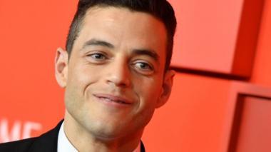 """Rami Malek, el recién ganador del Premio Óscar, por su encarnación del cantante Freddie Mercury en """"Bohemian Rhapsody"""", dio a entender que interpretará al malo de la película."""