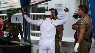 Sri Lanka anuncia que líder buscado  por atentados murió en uno de ellos