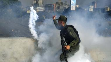 Colombia pide reunión de emergencia de Grupo de Lima por Venezuela