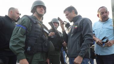 En video | Embajada de España en Caracas acoge a López y a  su familia
