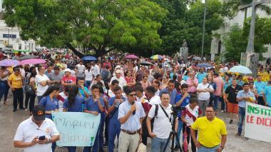Plantón en Montería para exigir recursos de gratuidad en los colegios públicos