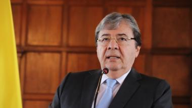 """""""Relación de Colombia con Estados Unidos es de cooperación y no de complicidad"""": Carlos Holmes Trujillo"""