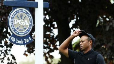Koepka domina y Tiger eliminado en el Campeonato de la PGA