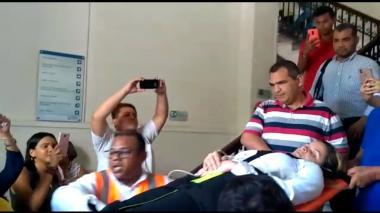 Cinco secretarios de Alcaldía de Santa Marta abandonan huelga de hambre por salud