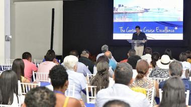 Cartagena forma a actores del turismo local para recibir visitantes bajo estándares internacionales