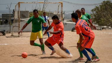 La lluvia aplazó el fútbol en Villa del Rosario y La Manga