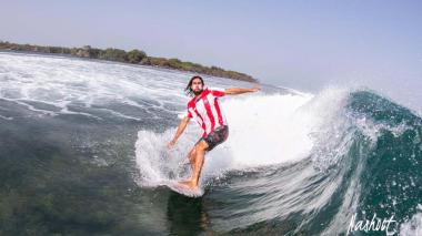 Daniel Olmos, surfista del Atlántico, de 29 años.