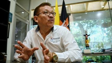 El rector de la Universidad del Atlántico, Carlos Prasca, en el despacho de la rectoría, adonde llegó este miércoles.