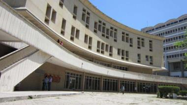 Fachada del Centro de Servicios Judiciales.