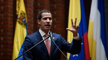"""""""Que se vayan"""": Guaidó desafía a Maduro en la cuna de Chávez en Venezuela"""