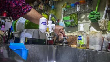 En Villa Santos se quejan por fallas en el servicio de agua