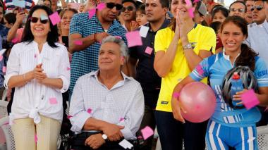 Lenín Moreno eliminará impuestos a importación de bicicletas en Ecuador tras victoria de Carapaz