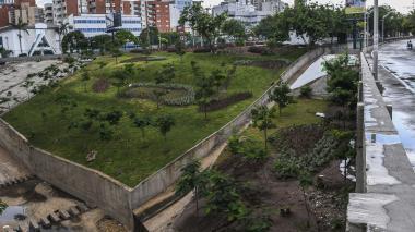 Distrito recupera 2.500 m2 del puente del Country