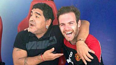 Maradona y Mata.