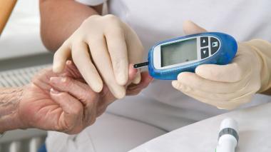 Según estudio, la vitamina D no previene la diabetes 2 en adultos en riesgo