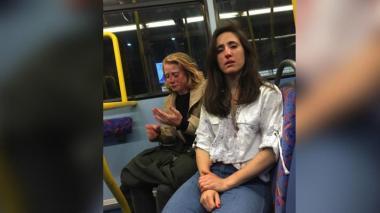 Dos mujeres sufren ataque homófobo en bus de Londres
