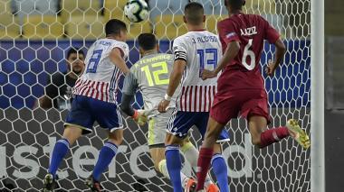 Paraguay y Catar empatan 2-2 y Colombia es líder del Grupo B de la Copa América