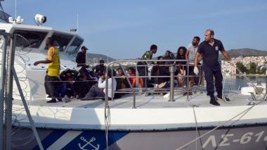 Al menos doce muertos en naufragio de embarcación de migrantes en costas turcas