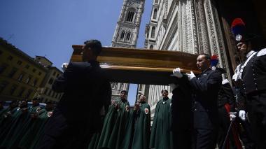 Florencia despide a Zeffirelli con un funeral en la catedral