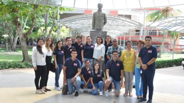 Estudiantes mexicanos realizan estancia investigativa en la Universidad Libre