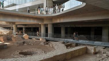 Museo de la Acrópolis de Grecia celebra 10 años con ruinas de la antigua Atenas