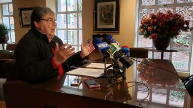 Canciller asegura que hay una campaña internacional de calumnia contra el presidente