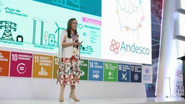 María Fernanda Suárez, ministra de Minas y Energía, durante  su intervención en el XXI Congreso de Servicios Públicos, TIC y TV, que se llevó a cabo ayer en la ciudad de Cartagena, Bolívar.